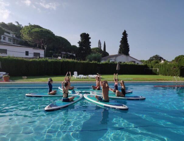 SUP Yoga Piscina Barcelona